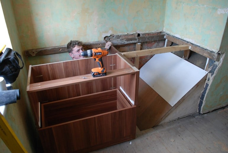 Building a cabin bed the cabin bed company for Stair box in bedroom ideas